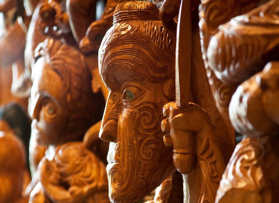 Waka Hoe: Introduction to Wood Carving