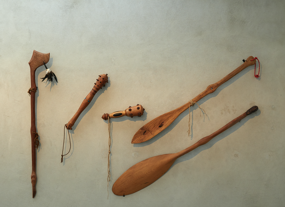 Wikuki Kingi, weapons and waka hoe, courtesy of Te Uru. Photo: Sam Hartnett.